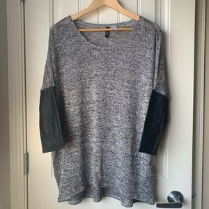 H&M Knit Dolman 3/4 Pleather Sleeve Top